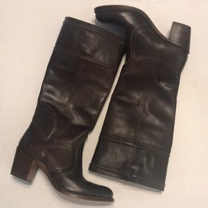 Frye Jane 14L leather boots brown